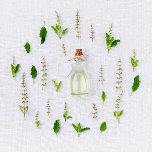 Healthy Skin with Essential Oils